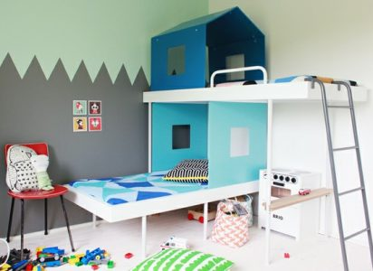 Creative-and-Colorful-House-Themed-Bunk-Bed-Design