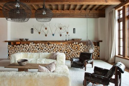 Ingenious-firewood-storage-complements-the-low-slung-style-of-the-room1