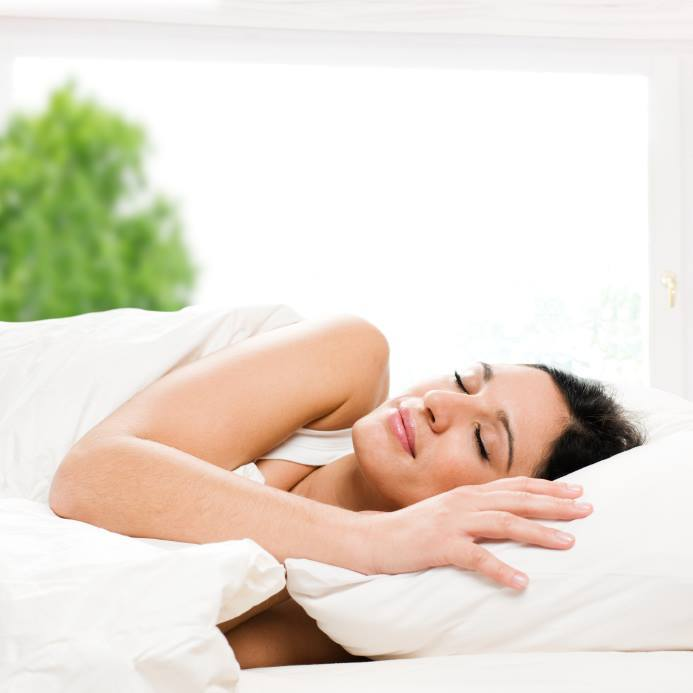 Jarni uklid v loznici zlepsi kvalitu vaseho spanku1