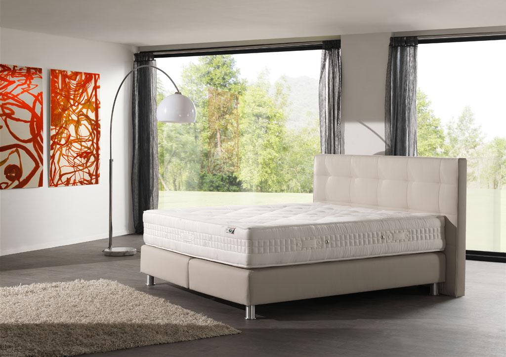 zdravotní postele