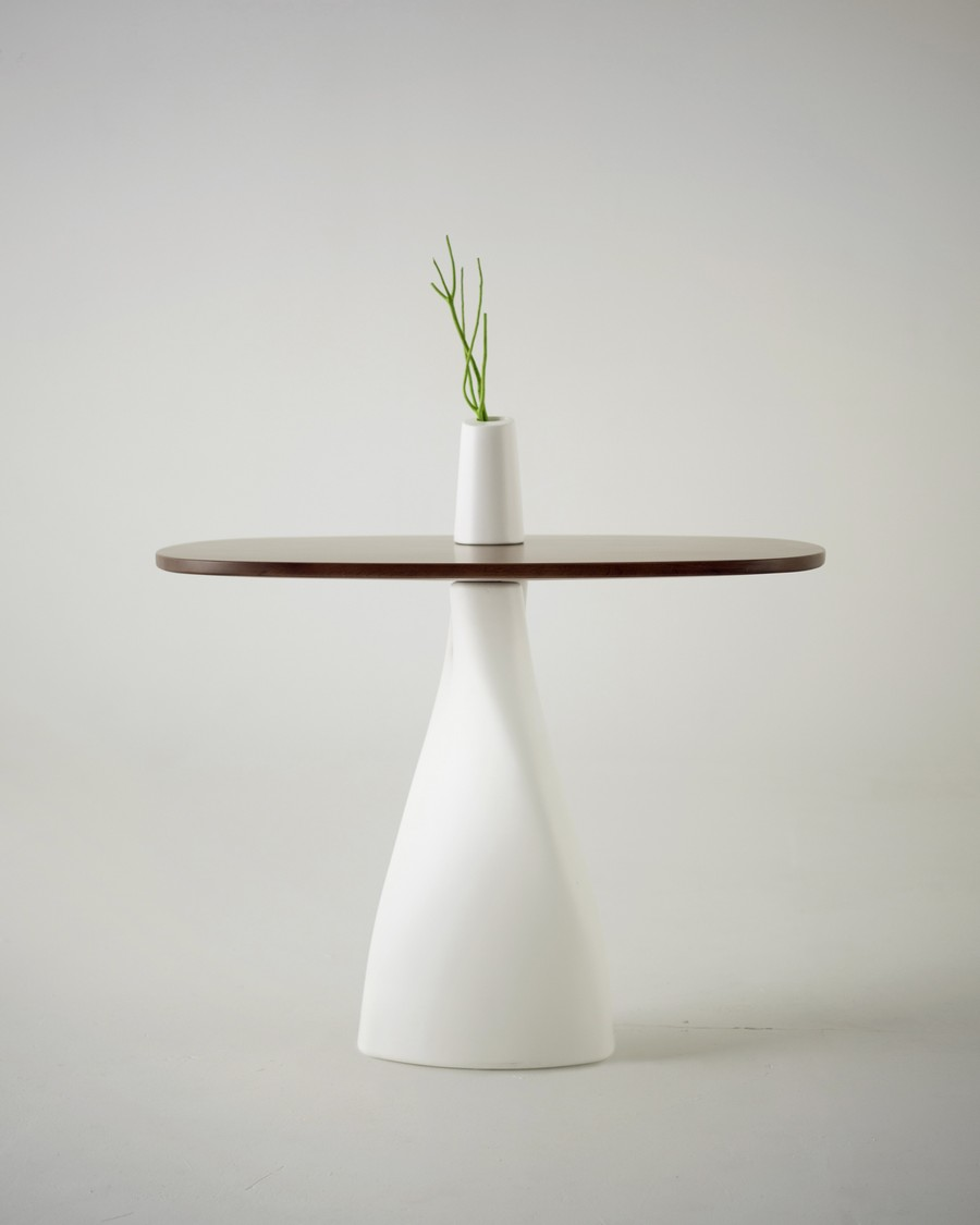 lovely-design-Treeangle-table-vase