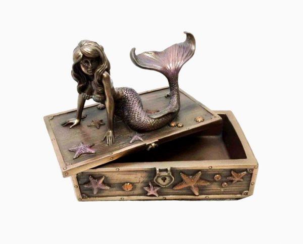 little-mermaid-birthday-gift-idea-600x484
